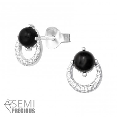Hammered - 925 Sterling Silver Ear Studs with semi-precious stones A4S36347