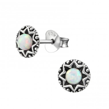 Oxidized Star - 925 Sterling Silver Ear Studs with semi-precious stones A4S38282