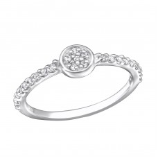 Round - 925 Sterling Silver Rings with Zirconia stones A4S25235