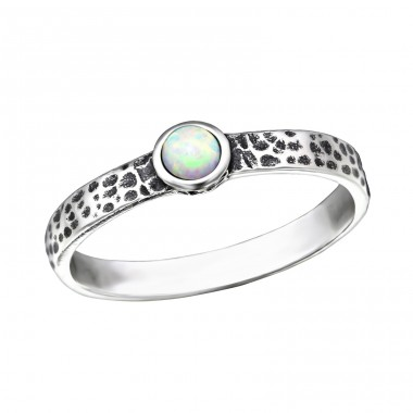 Hammered Opal - 925 Sterling Silver Rings with Zirconia stones A4S31786
