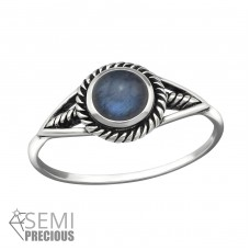 Round - 925 Sterling Silver Rings with Zirconia stones A4S32318