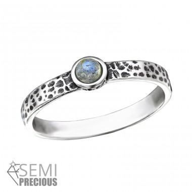 Hammered - 925 Sterling Silver Rings with Zirconia stones A4S36188