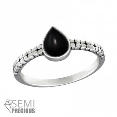 Tear Drop - 925 Sterling Silver Rings with Zirconia stones A4S36189